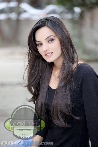 Sadia Khan Pakistani Film_Drama Actress (30)