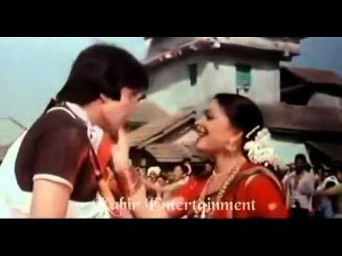 7 Best Krishna Songs List & Lyrics in Hindi for Janmashtami Special