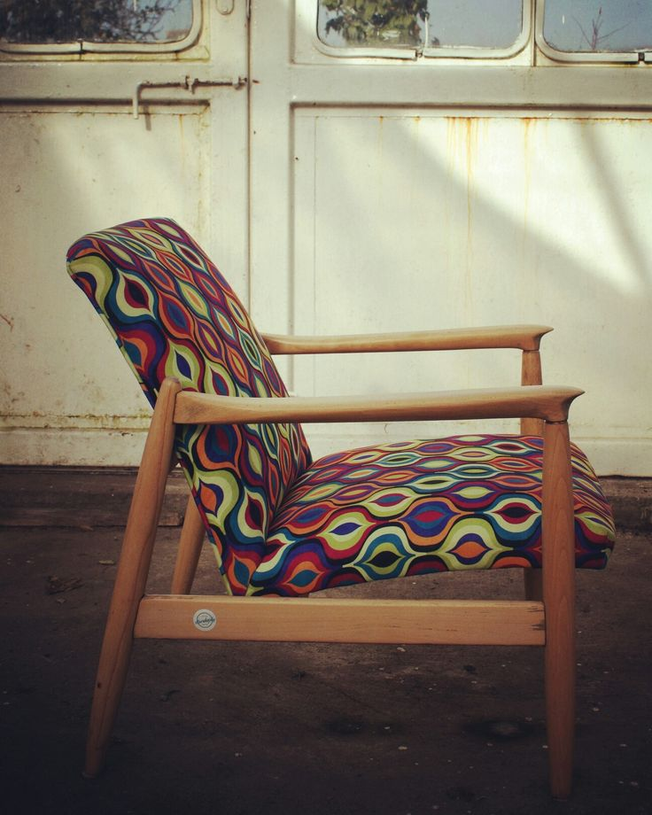 ✂ Redesign of Homa armchair   #redesign #renovation #renowacja #diylife #diy #renovated #renovatedarmchair #armchair #fotel #homaarmchair #edmundhoma #redizajn #vintageshop #vintage #vintagediy #handmade #vintagehandmade #ilovemywork #ilovevintage #retroarmchair #prl #fotelprl #lata60 #60s
