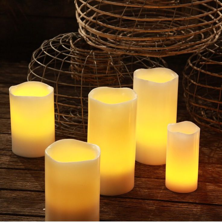 Perfect for evenings #realsafecandles #flamelesscandles  #eveningentertaining #outdoorentertaining #weddingideas #lightingideas #rusticdecorations