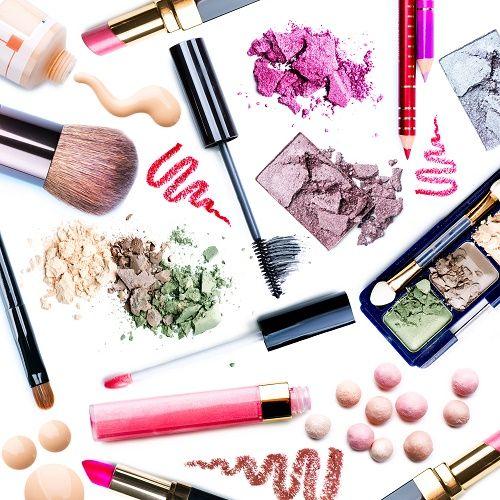 http://wink.sk/beauty/makeup/12-must-have-produktov-dekorativnej-kozmetiky.aspx