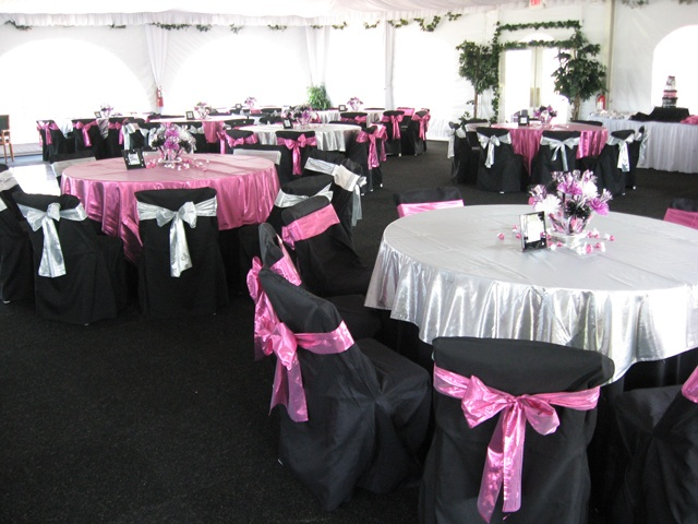 pink and black table setting ideas. .MY TABLE IS IN THE MIDDLE WITH ...