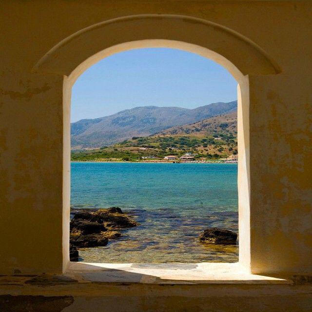 Smukke Georgiopolis på Kreta. Du kan læse mere om Kreta her: www.apollorejser.dk/rejser/europa/graekenland/kreta