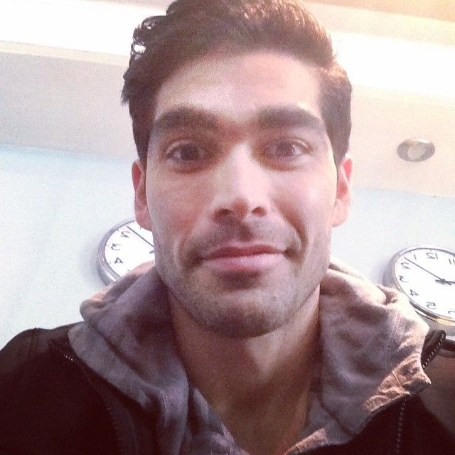 Pin for Later: Where You Can Follow the Bachelorette Cast on Social Media Ali Zahiri  Twitter: @AliWantsRdonuts Instagram: @aliwantsaredonuts Snapchat: imchazwhatsup