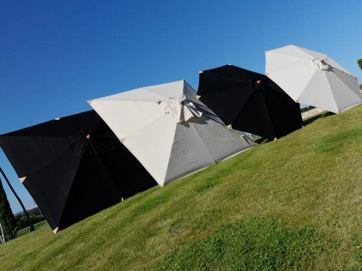 Przeciwsłoneczne parasole ogrodowe Cane-line