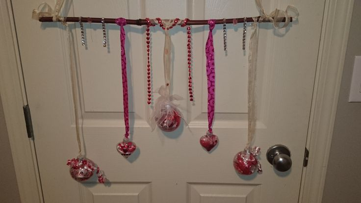 valentines window hanger.