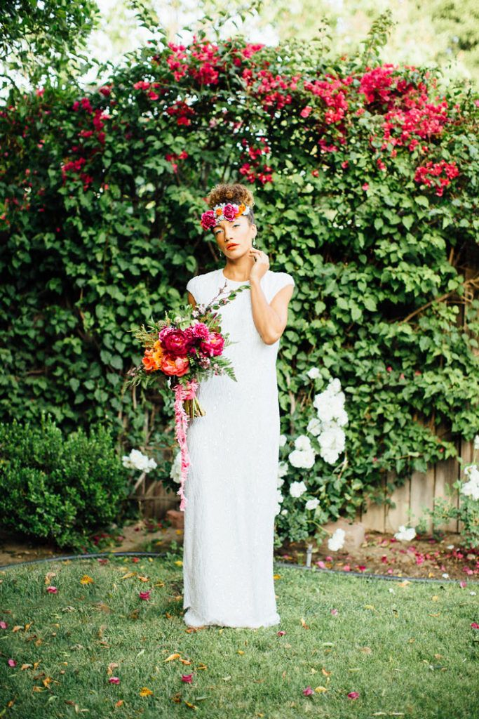 Photography: Victoria Gold Photography / Styling & Accessories: The Blushing Bird / Dress: Jann Marie Bridal / Hair & Makeup: Belle by Brielle / Rentals: Fern and Bone / Mixologists:…