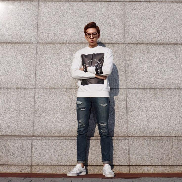 Korea Mens Designer Brand [BULLISM] oh bulli 2 mantoman T / #sweatshirts #mantoman #menswear #맨투맨추천 #mantomantshirts  #streetfashion #MTM #mensfashion #Top #tee #dailylook #dailyitem #bullism