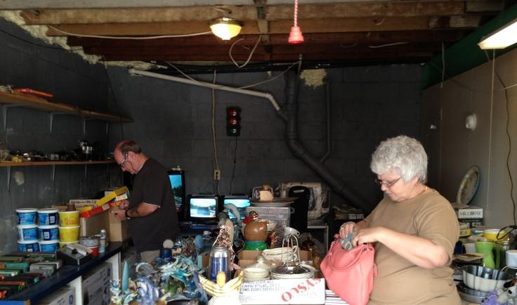 Garage sale found in mount Carmel PA