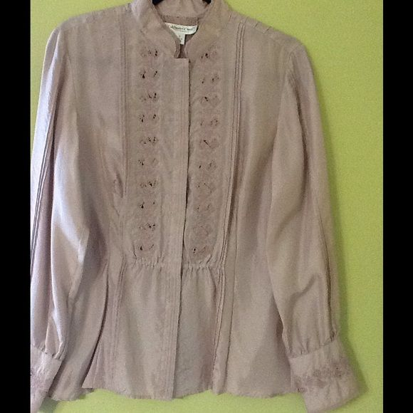 Coldwater Creek Pretty Top Coldwater Creek like Salmon lace top. Sz S. Never worn.no tag. Coldwater Creek Tops