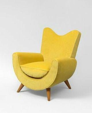 sofa kalungkung ini di produksi oleh empat putra furniture dari Jepara, Jawa Tengah