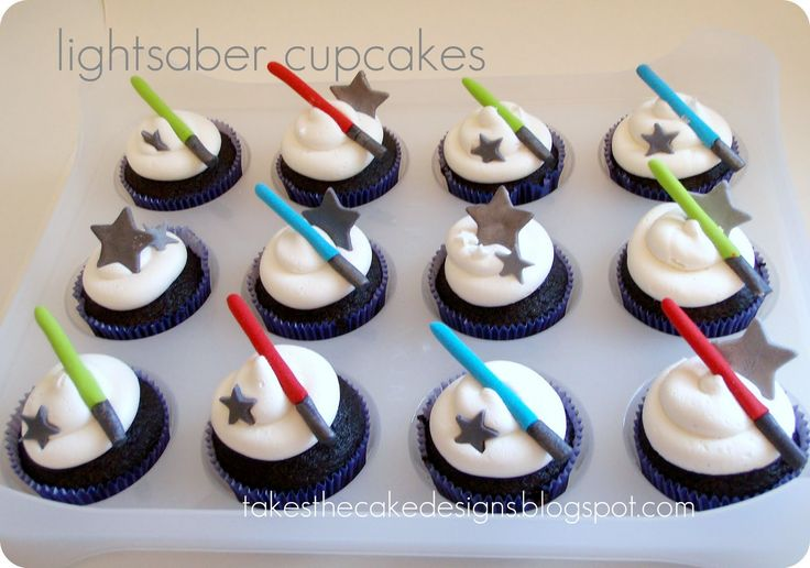 star wars cut out designs | ... with fondant lightsabers and stars