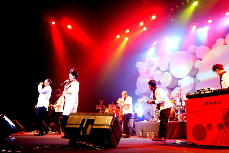 Maliq&D'Essentials at Java Jazz 2012