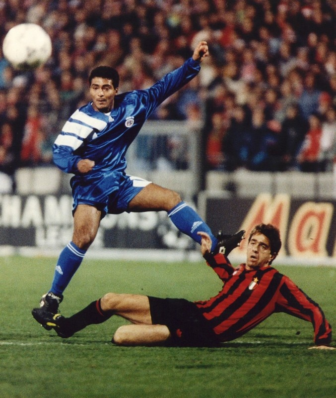 Romario (PSV) and Costacurta (Milan) during their 1992/93 Champions League, Group Stage, Group B match. PSV Eindhoven v AC Milan (1-2).