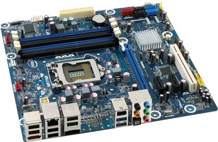 La placa base, también conocida como placa madre o tarjeta madre es una tarjeta de circuito impreso a la que se conectan los componentes que constituyen la computadora u ordenador. Es una parte fundamental a la hora de armar una PC de escritorio o portátil.