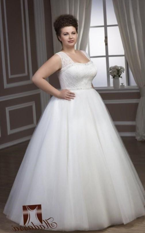 Свадебные платья для полных невест - http://1svadebnoeplate.ru/svadebnye-platja-dlja-polnyh-nevest-2698/ #свадьба #платье #свадебноеплатье #торжество #невеста
