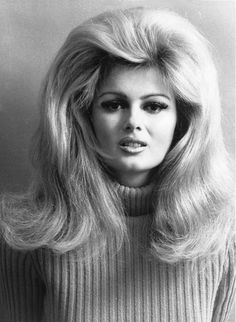 70's big hair | Hair Style vintage 60s & 70s • Girls ...