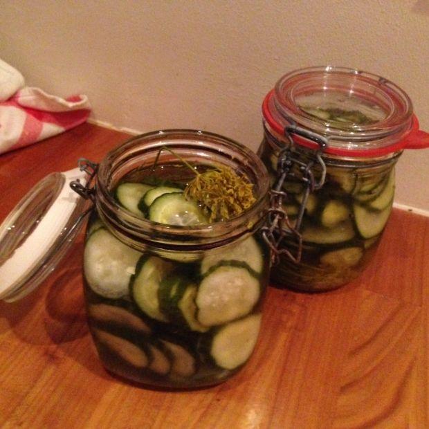 Kirsten Hüttemeiers råsyltede agurker