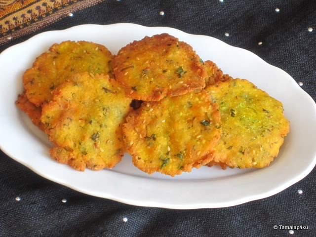 Dhebra - Corn Flour, Jowar Flour, Wheat Flour, Kasoori Methi (or fresh methi leaves)  Coriander Leaves