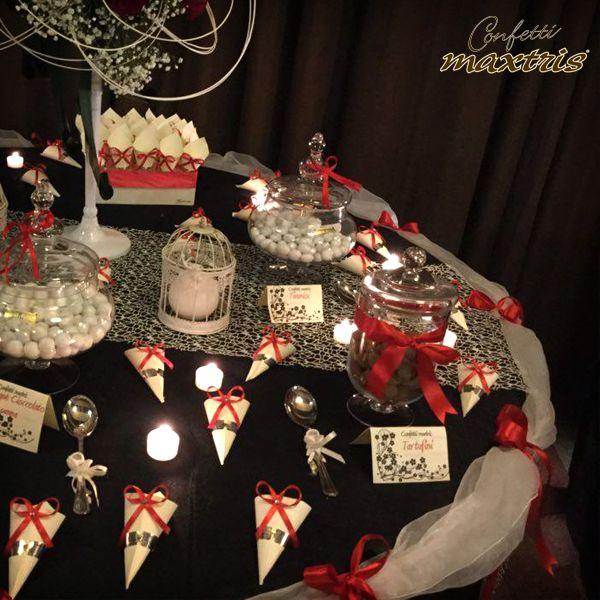 #confetti #maxtris #confettata #candelabro #sweet #table #wedding #inspirations #ideas #party