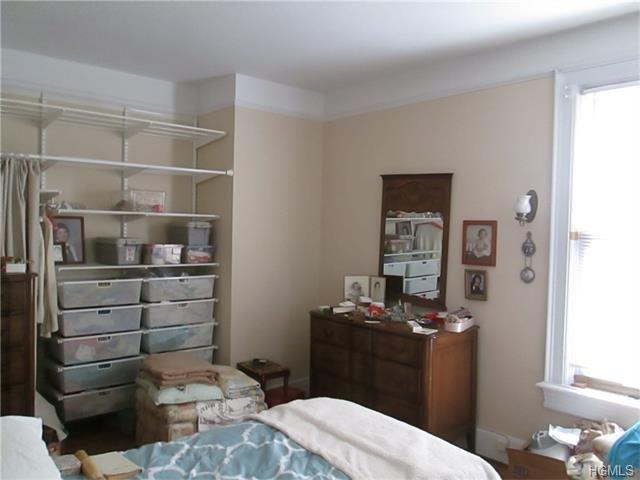 16 Linden Pl New Rochelle, NY 10801