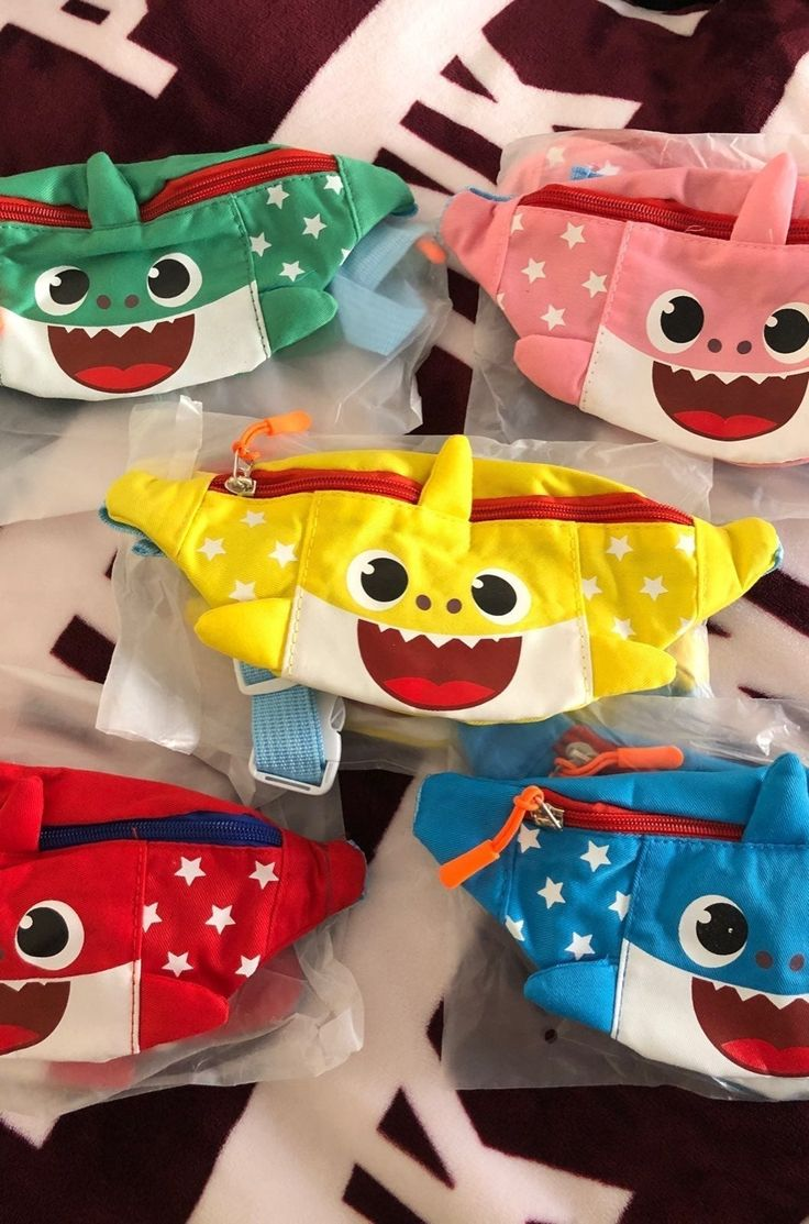 baby shark fany pack in 2020 Shark theme birthday, Shark