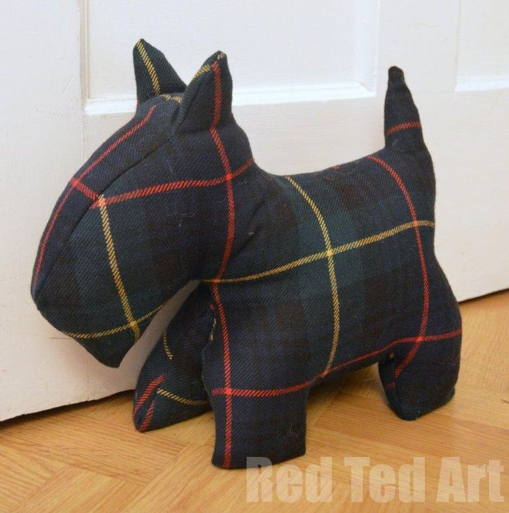 Scottie Door Stop - free pattern. Go green and recycle a plaid shirt or skirt!