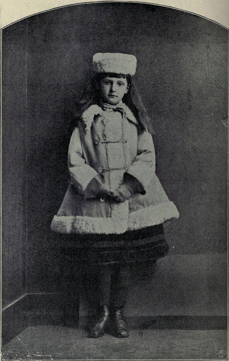 https://ru.wikipedia.org/wiki/Святой_Георгий_и_дракон_(фотография)