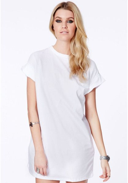 T shirt white dress to a edding
