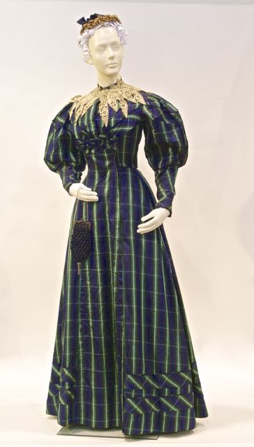 FC0309 Dress, silk woven plaid pattern, unlabelled, Canadian, mid-late 1890s