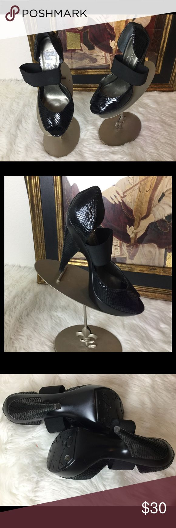 """NWOT Jessica Simpson Black High Heel Shoes Sz 8.5 Brand New Check out these awesome high heel shoes.  Sz 8.5. Heel height 5"""". Platform 1"""". Jessica Simpson Shoes Heels"""