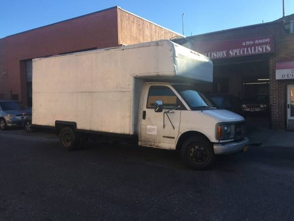** 17′ BOX TRUCK FOR RENT MONTHLY, NAME YOUR PRICE **