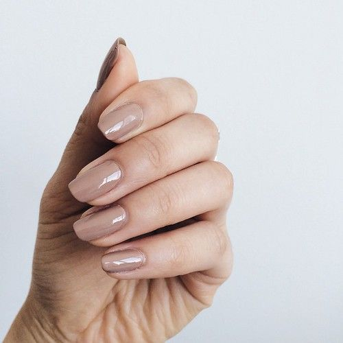 We LOVE neutral nails #PoshSquareStyle