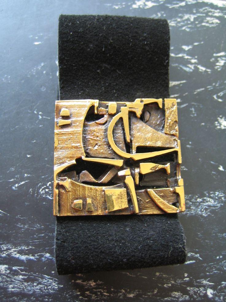 Bracelet with leather, studio work by Jorma Laine