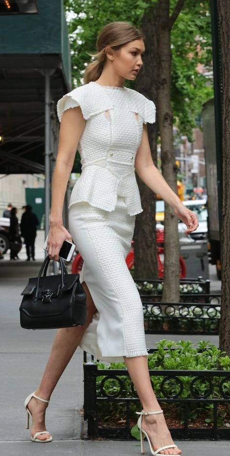 Gigi Hadid looked lady-like in her structured white set.
