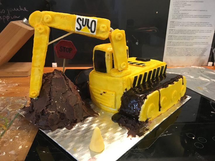 Excavator cake Dairy-free, soy-free, gluten-free