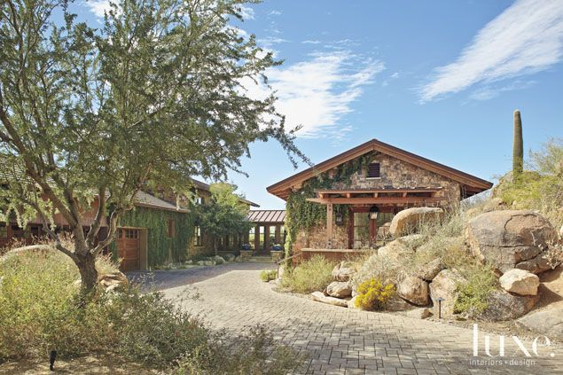 An Oro Valley Residence Fits Nicely Into Its Surroundings | LUXE Source