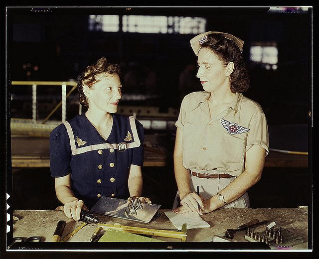Pearl Harbor widows have gone into war work to carry on the fight with a personal vengeance, Corpus Christi, Texas. Mrs. Virginia Young (rig...