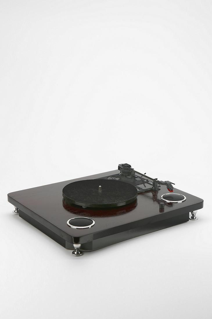 Ion LIVELP Turntable #urbanoutfitters