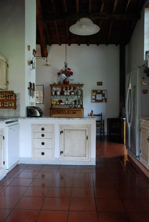 Kitchen in Tuscany rental.