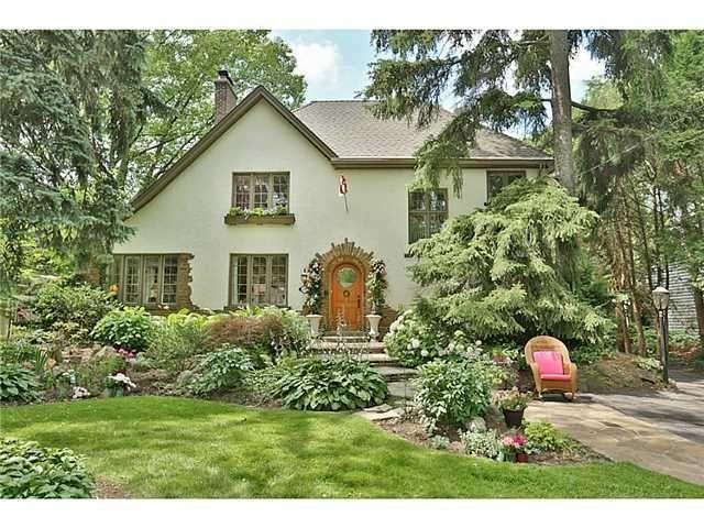 http://www.realtor.ca/Residential/Single-Family/16015461/3081-BALMORAL-Avenue-BURLINGTON-Ontario-L7N1E5