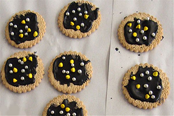 Matariki Cookies http://www.techlink.org.nz/curriculum-support/unit-planning/matariki/images/matariki-1-large.jpg