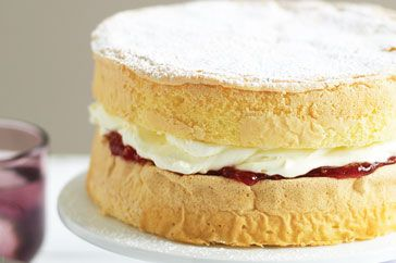 Gluten-free sponge: Our Gluten-free sponge cake is the perfect treat for those on a special diet. FODMAP friendly recipe for a Low FODMAP diet.