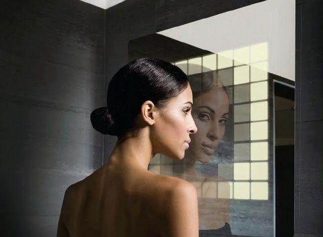 BeautyAdvisor: Czy zabiegi kosmetyczne przyszłości będą sugerowane przez komputery? Lustro przyszłości