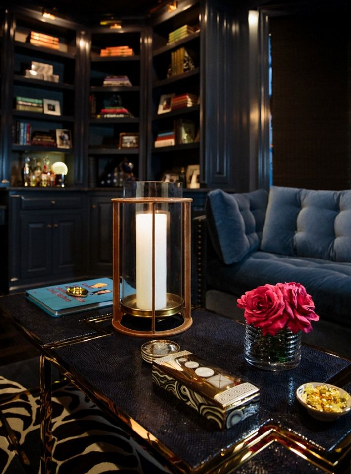Luxury Design By Carrie Livingston Vintage Glamour Meets Farmhouse Chic Interior Design Interior Interior Design Usa