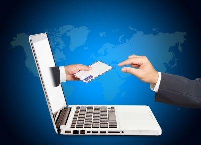 ¿Eres de los que piensan que el Correo Electrónico ha muerto debido a la incursión de las Redes Sociales?  Respuesta rápida: Sigue vivo, ¡y más vivo que nunca! Es sin duda una de las mejores estrategias de marketing digital que puedes emplear.  Imagínate que tienes una web