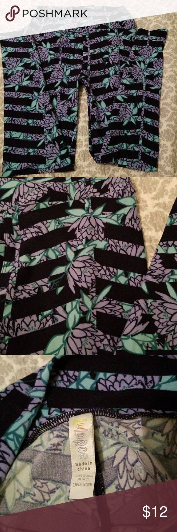 OS Lula Roe Leggings Worn twice! Washed and air dried. Super soft! Periwinkle flowers and navy background LuLaRoe Pants Leggings