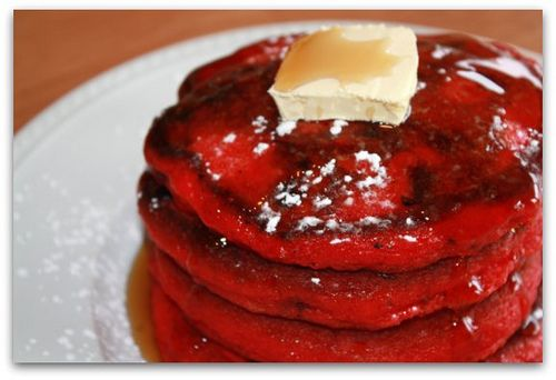 Red Velvet PancakesChristmas Food, Chocolates Chips, Red Velvet Pancakes, Holiday Food, Pancakes Breakfast, Christmas Treats, Christmas Mornings, Food Recipe, Christmas Breakfast