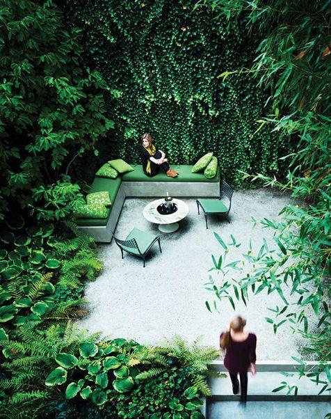 vertical #gardens make for an incredible terrace area