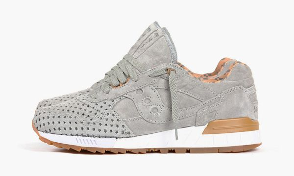 "Play Cloths x Saucony Shadow 5000 ""Strange Fruit"" Pack"